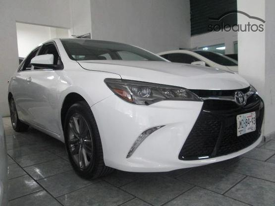 2017 Toyota Camry XSE V6 AT