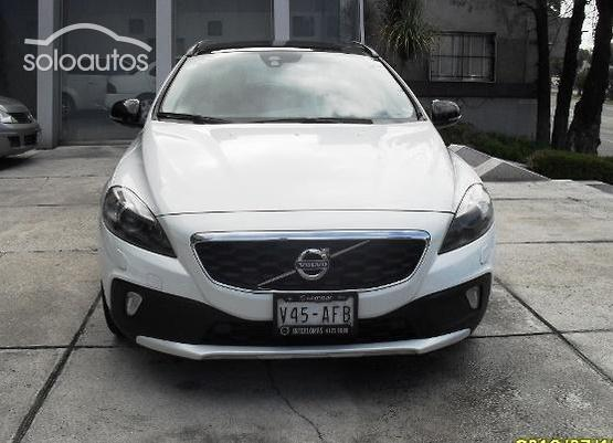 2014 Volvo V40 Cross Country 2.5 T5 Inspiration AWD