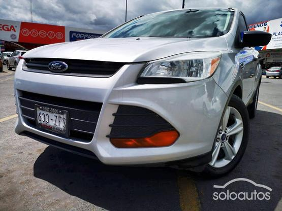 2013 Ford Escape S l4 TA