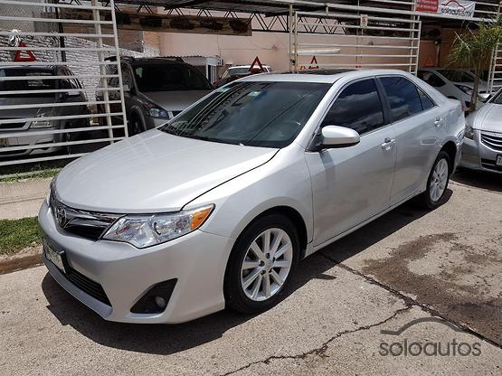 2012 Toyota Camry XLE V6 6AT