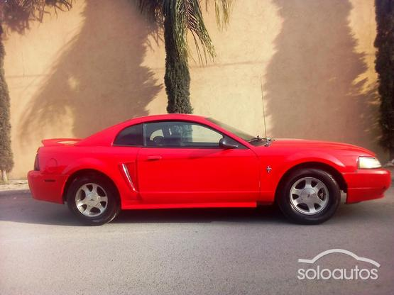 2000 Ford Mustang BASE MT