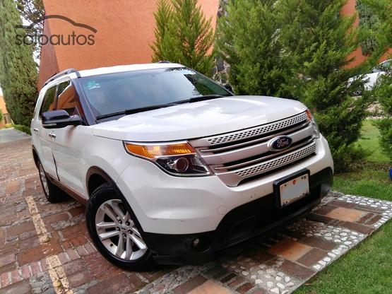 2013 Ford Explorer XLT Base
