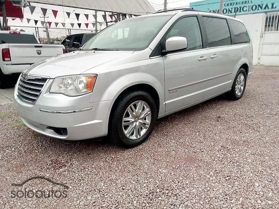 2010 Chrysler Town & Country 4.0 Signature Series TA