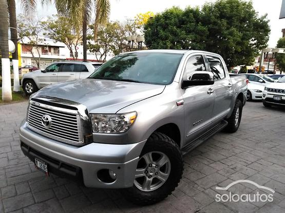 2013 Toyota Tundra 5.7 V8 Crew Max Limited 4X4 AT