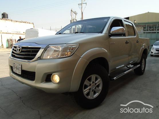 2013 Toyota Hilux Doble Cabina Base