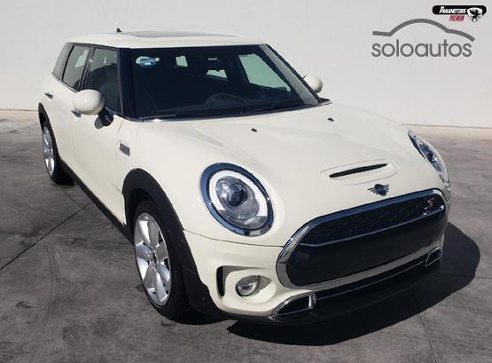 2019 MINI Clubman Cooper S Hot Chili