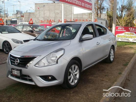 2016 Nissan Versa Advance MT AC