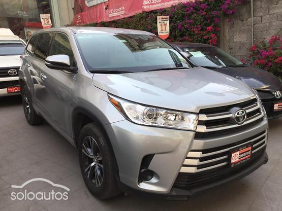2019 Toyota Hilux 4x2 Chasis Cabina