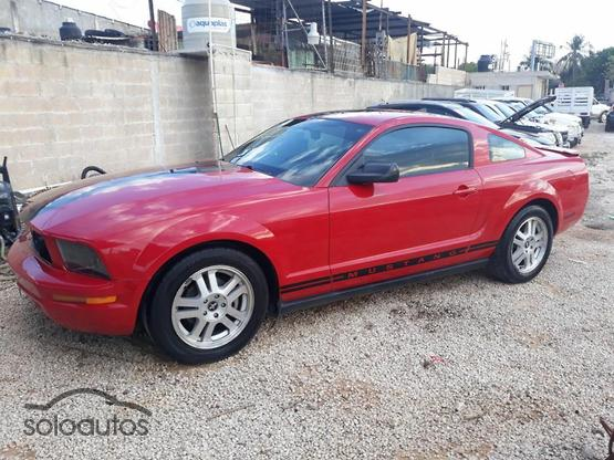 2007 Ford Mustang Coupe Lujo V6 MT Tela