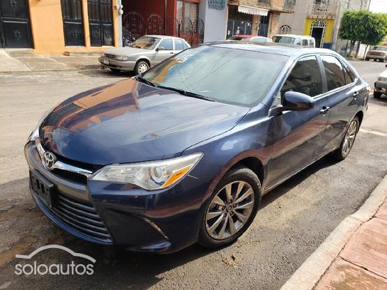 2015 Toyota Camry XLE L4 AT6