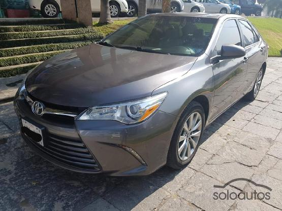 2017 Toyota Camry XLE NAVI L4 AT