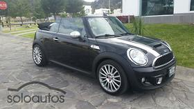 2012 MINI Mini Cooper Convertible S Yours MT