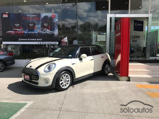 2016 MINI MINI Cooper Pepper AT