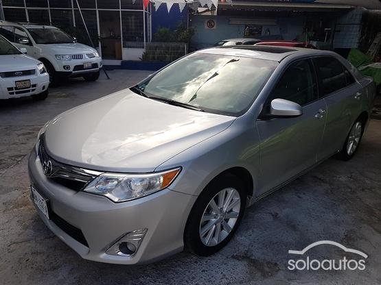 2012 Toyota Camry XLE L4 6AT