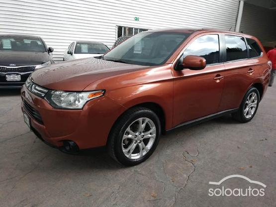 2014 Mitsubishi Outlander 2.4L SE AT