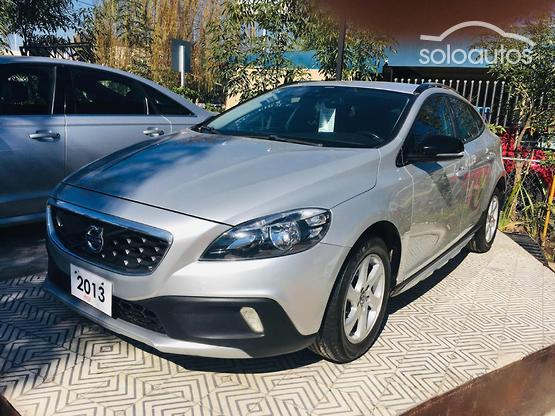 2013 Volvo V40 Cross Country 2.5 T5 Evolution TA