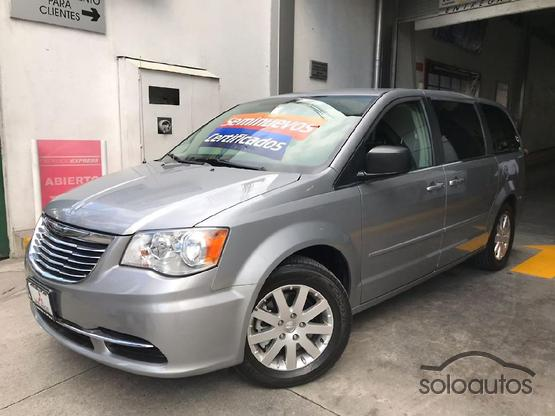 2015 Chrysler Town & Country Li