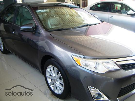 2013 Toyota Camry XLE V6 6AT