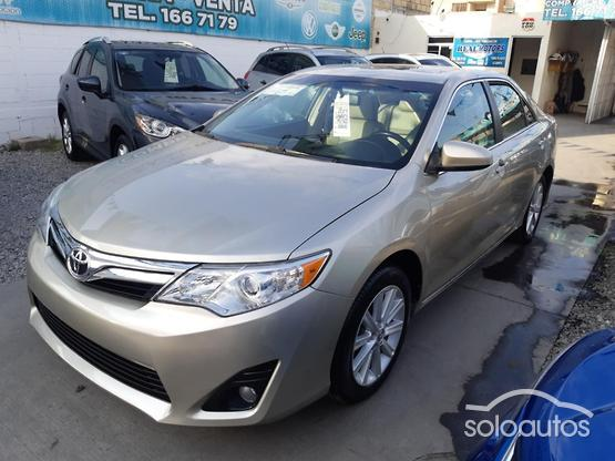 2014 Toyota Camry XLE L4 6AT