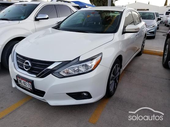 2017 Nissan Altima Advance 2.5L