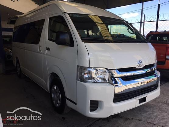 2018 Toyota Hiace Commuter S-Long