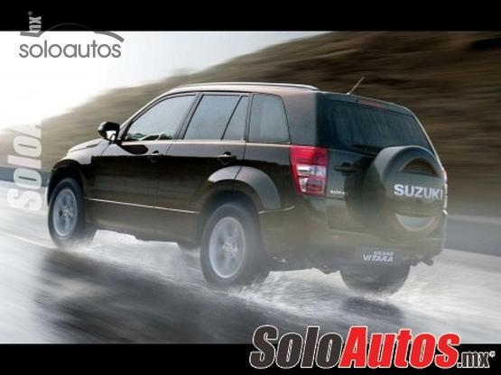 2016 Suzuki Grand Vitara GL AT