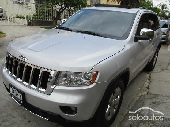 2012 Jeep Grand Cherokee Limited Premium V8 5.7 Hemi 4X2