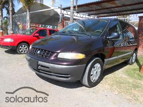 1996 Chrysler Grand Voyager LE