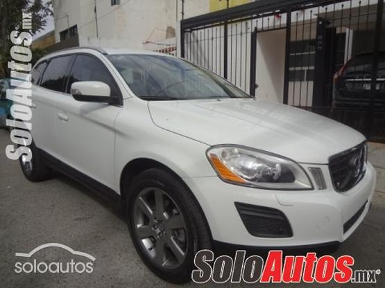 2013 Volvo XC60 Kinetic AT