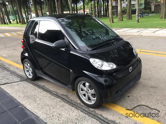 2014 Smart Fortwo Coupé Micro Hybrid Drive Black and White
