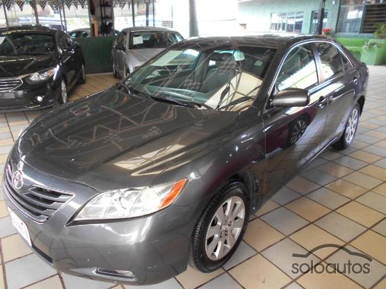 2009 Toyota Camry XLE V6 6AT