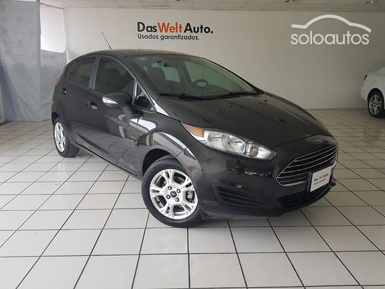 2015 Ford Fiesta SE MT