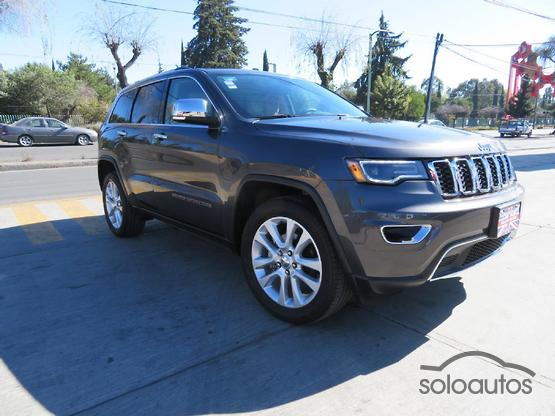 2017 Jeep Grand Cherokee Limited Lujo V8 4x4