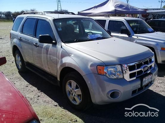 2009 Ford Escape XLS l4 TA