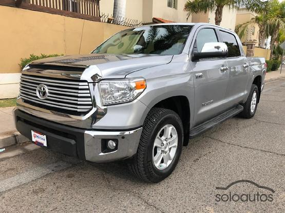 2015 Toyota Tundra 5.7 V8 Crew Max Limited 4X4 AT
