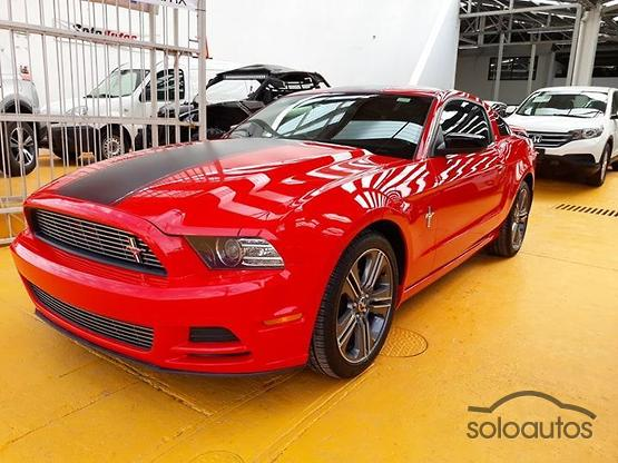 2014 Ford Mustang ST MT