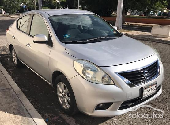 2012 Nissan Versa Advance TA AC
