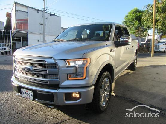 2017 Ford Lobo Platinum Limited Crew Cab 4x4 AT