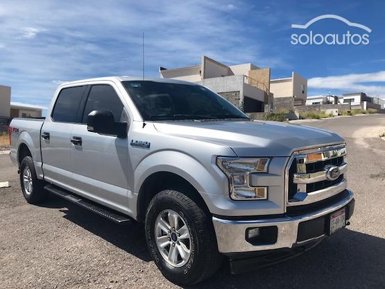 2017 Ford Lobo XLT Crew Cab 4x4 CON SPRAY-IN BEDLINER