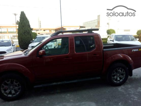 2017 Nissan Frontier V6 CREW CAB PRO-4X 4X2 T/A
