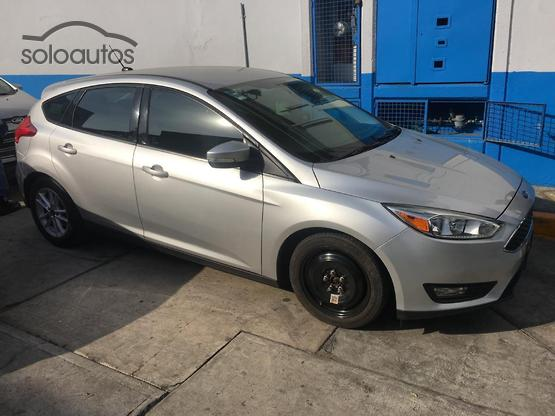 2015 Ford Focus SE AT 5Ptas.