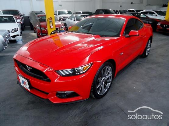 2015 Ford Mustang GT Premium Fastback V8 TA Paq. 50Años