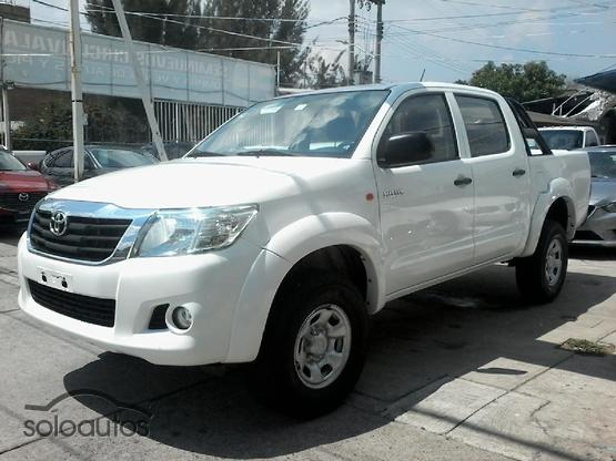 2015 Toyota Hilux Doble Cabina Base
