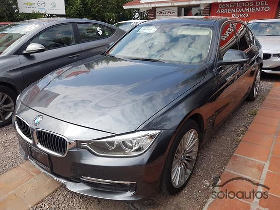 2015 BMW Serie 3 328iA Luxury Line