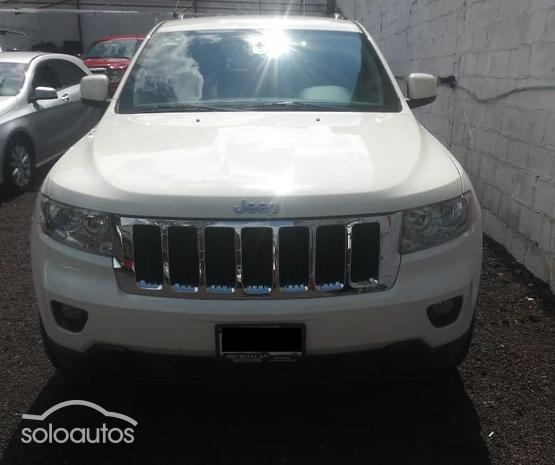 2011 Jeep Grand Cherokee Limited 4X2 3.7 V6