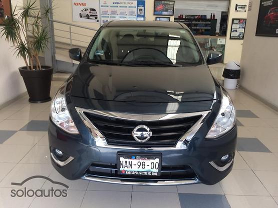 2017 Nissan Versa Advance AT AC