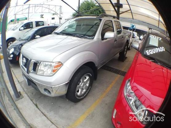 2010 Nissan Frontier Crew Cab SE V6 4X4