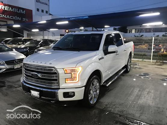 2016 Ford Lobo Platinum Limited Crew Cab 4x4 Spray-In B
