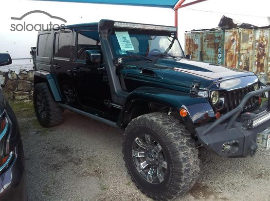 2011 Jeep Wrangler Unlimited Rubicon 4x4 AT