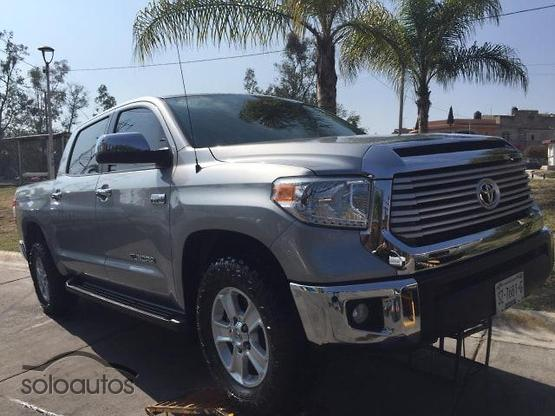 2017 Toyota Tundra 5.7 V8 Crew Max Limited 4X4 AT